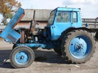 Трактор МТЗ с дизельным движком