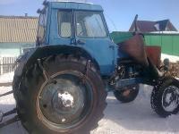 Старый трактор МТЗ-80
