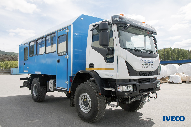 Машина для перевозки людей по бездорожью